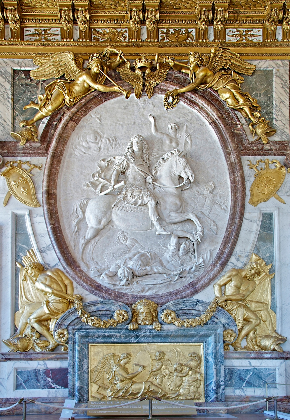 Salon_de_la_guerre_War_Room_Versailles_relief_louis_XIV_victorieux_Coysevox